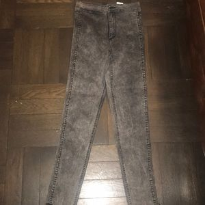 H&M grey high waist ankle denim jeans size 26